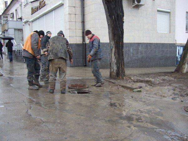 Центральные улицы Донецка непогода  превратила «в болото» (фото), фото-5