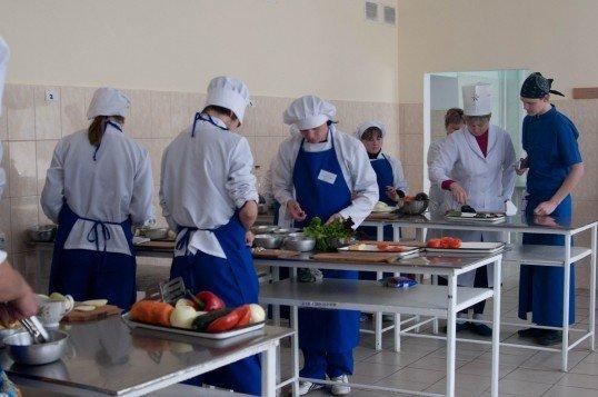 Юні вінницькі кухарі попрацювали на… «Пекельній кухні» (ФОТО), фото-10