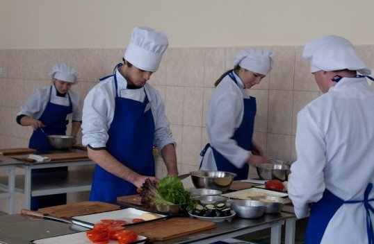 Юні вінницькі кухарі попрацювали на… «Пекельній кухні» (ФОТО), фото-11
