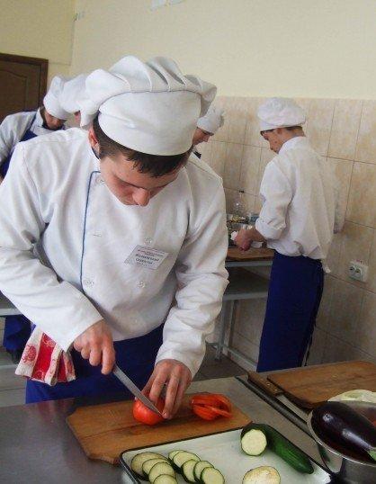 Юні вінницькі кухарі попрацювали на… «Пекельній кухні» (ФОТО), фото-5