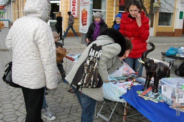 Неравнодушные крымчане собрали средства на обследование больного ребенка (фото), фото-3