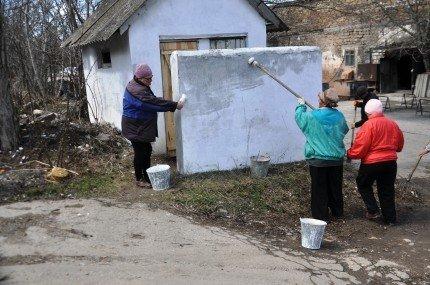 Перед Пасхой власти Симферополя вспомнили о кладбищах (фото), фото-3