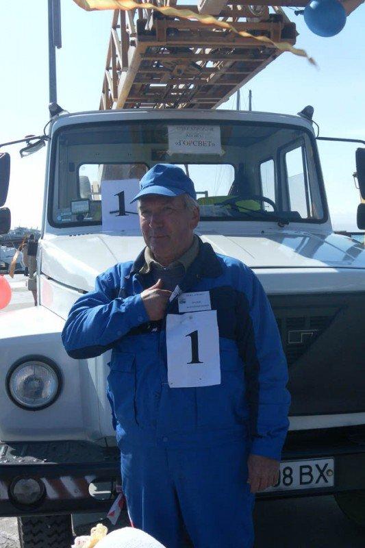 В Ялте выбрали лучшего водителя коммунального транспорта, фото-1