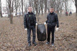 На прибирання Вінниці вийшли студенти (ФОТО), фото-1