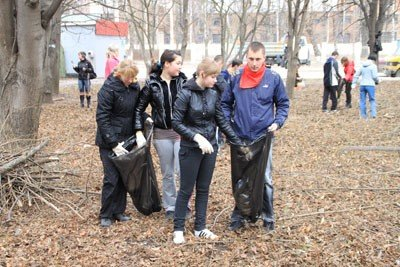 На прибирання Вінниці вийшли студенти (ФОТО), фото-3