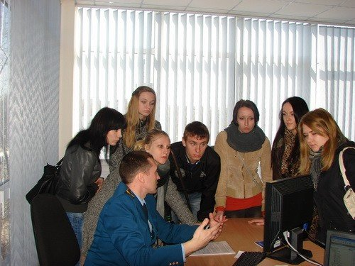 Запорожским студентам провели экскурсию по таможне (ФОТО), фото-1