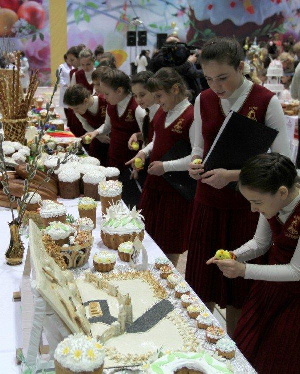 В Донецке прошел конкурс на лучший Пасхальный кулич (фото), фото-6