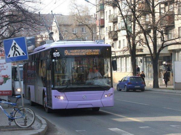 В Донецке общественный транспорт заговорил на английском (фото), фото-1