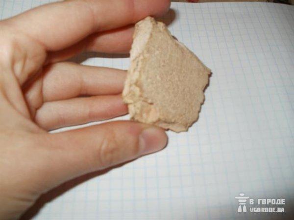 Фотофакт: в Симферополе продают лепешки с кирпичами, фото-1