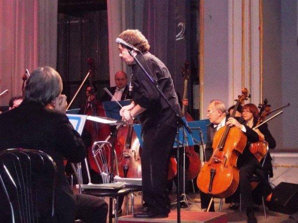 В Артемовске на концерте дирижер выстрелил в зрительский зал (ВИДЕО), фото-5