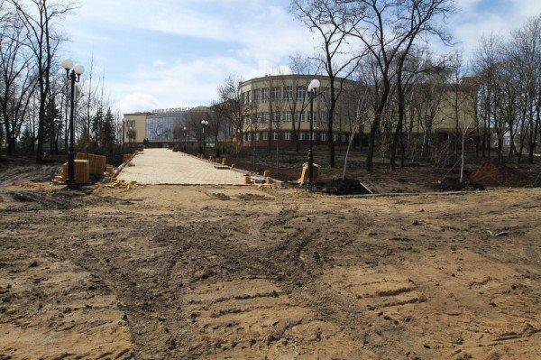 В Донецке продолжается реконструкция парка Металлургов (фото), фото-7