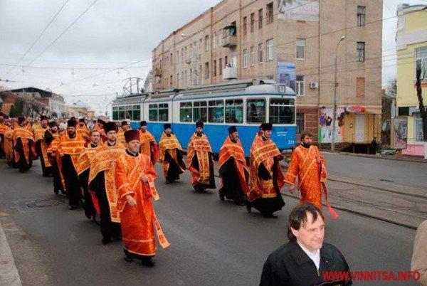 На Великдень православні пішли хресним ходом вулицями Вінниці (ФОТО), фото-4
