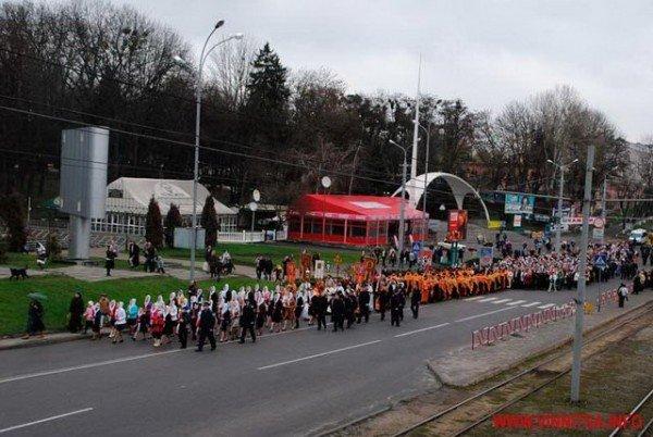 На Великдень православні пішли хресним ходом вулицями Вінниці (ФОТО), фото-6