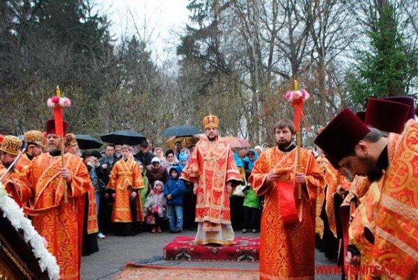 На Великдень православні пішли хресним ходом вулицями Вінниці (ФОТО), фото-8