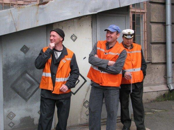 Запорожский мэр совещался с дворниками по поводу новых урн (ФОТО), фото-7