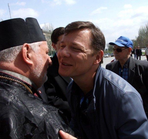 Ляшко  на митинге в Донецке: Мне уже противно смотреть на «депутатов-пенсионеров», которые покрылись мхом и плесенью (фото), фото-3