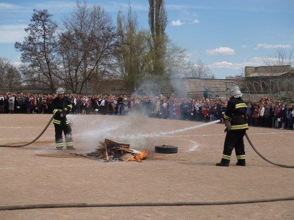 Симферопольскую школу эвакуировали дважды за день (фото), фото-1