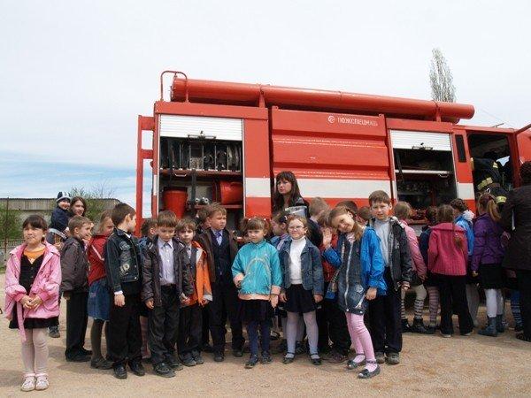 Симферопольскую школу эвакуировали дважды за день (фото), фото-5