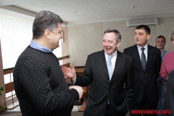 Молодь і політики влаштували у Вінниці відверте спілкування по-англійські (ФОТО), фото-9
