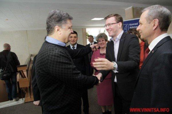 Молодь і політики влаштували у Вінниці відверте спілкування по-англійські (ФОТО), фото-8