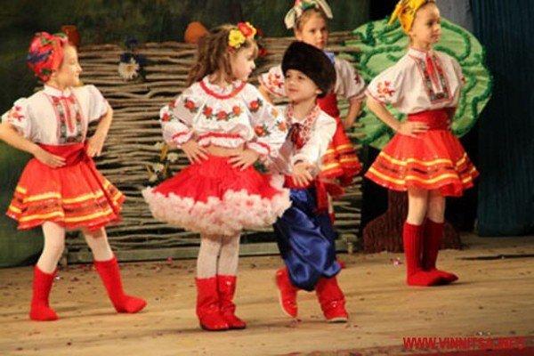 Вінницькі дошкільнята боролись за звання найкращих дизайнерів, танцюристів і співаків (ФОТО), фото-10