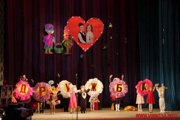 Вінницькі дошкільнята боролись за звання найкращих дизайнерів, танцюристів і співаків (ФОТО), фото-1