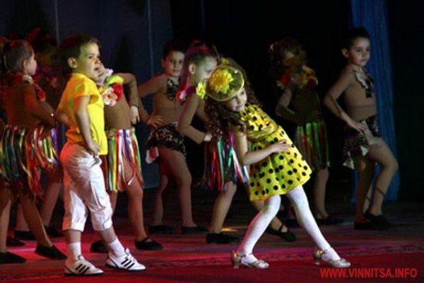 Вінницькі дошкільнята боролись за звання найкращих дизайнерів, танцюристів і співаків (ФОТО), фото-4