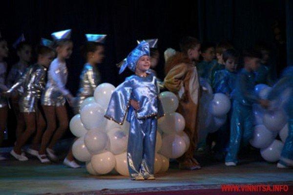Вінницькі дошкільнята боролись за звання найкращих дизайнерів, танцюристів і співаків (ФОТО), фото-7