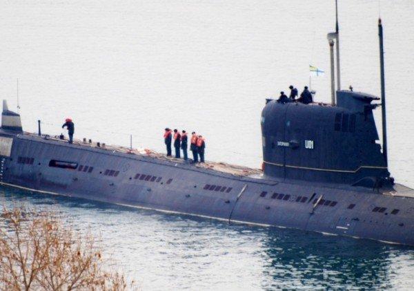 В Крыму впервые за 20 лет единственная подводная лодка Украины вышла в море (фото), фото-2