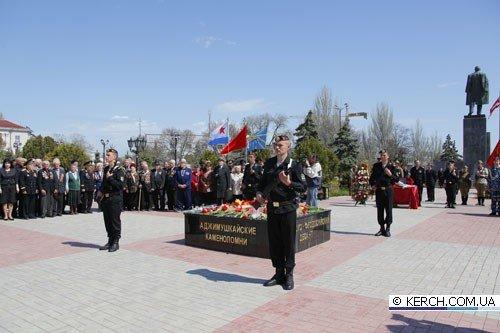 Керчане ищут родственников 21 бойца ВОВ, чьи останки обнаружены во время раскопок (фото), фото-3