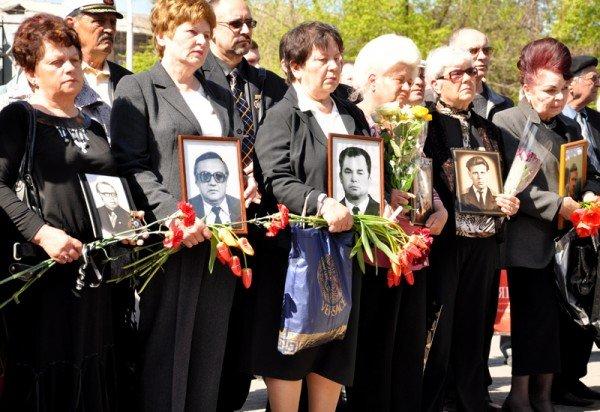 ФОТОРЕПОРТАЖ: В Запорожье чиновники превратили митинг ко Дню чернобыльской трагедии в предвыборную агитацию, фото-6