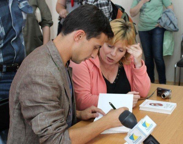 В Запорожье обсудили будущее бумажных книг (ФОТО), фото-3