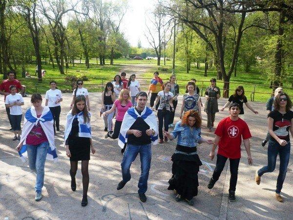 Национальные общины Кривого Рога создали Аллею Дружбы (ФОТО), фото-1