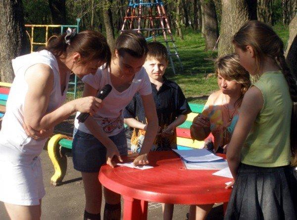 Горловских детей из многодетных семей бесплатно покатали на аттракционах в парке им. Горького, фото-6