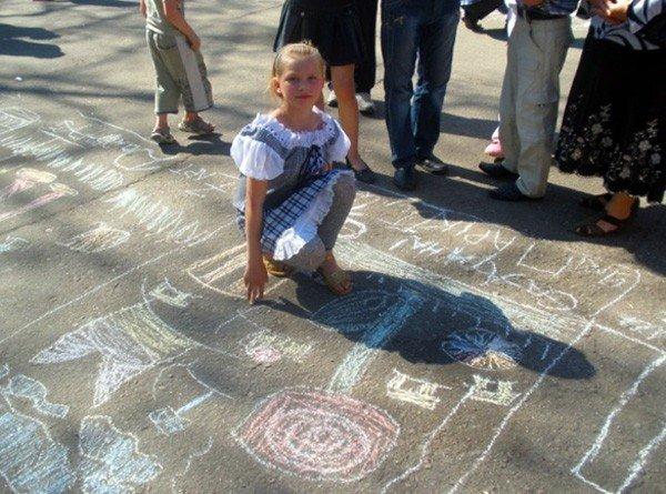 Горловских детей из многодетных семей бесплатно покатали на аттракционах в парке им. Горького, фото-7