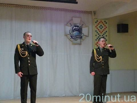 У Житомирі війскові відзначили День солдатської матері (ФОТО), фото-1