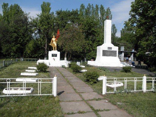 «Регионалы» возродили памятник Воину-освободителю в горловском поселке Гурты, фото-4