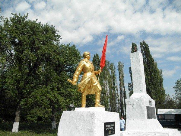 «Регионалы» возродили памятник Воину-освободителю в горловском поселке Гурты, фото-5