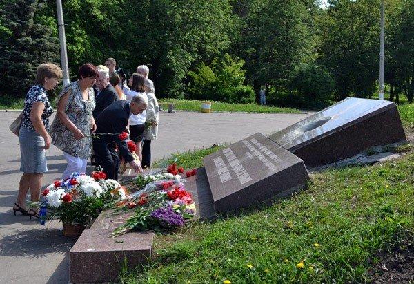 В Горловке прошли панихиды по погибшим защитникам Отечества, фото-3