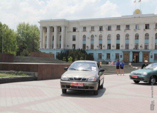В центре Симферополя Могилев катал ветеранов на машине (ФОТО), фото-7