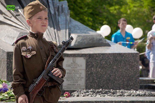 Лента памяти связала памятные места Луганска (ФОТО), фото-3