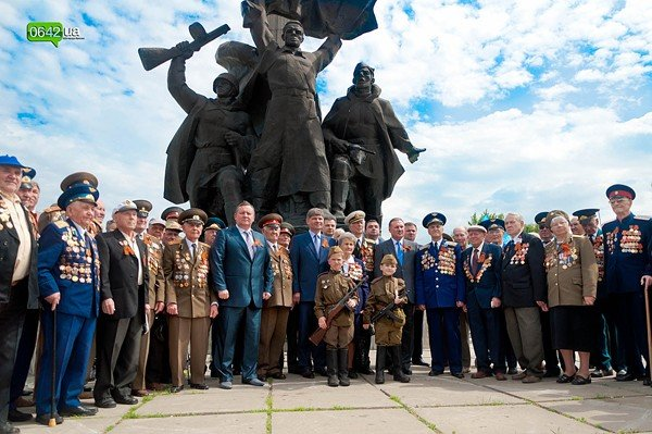 Лента памяти связала памятные места Луганска (ФОТО), фото-7
