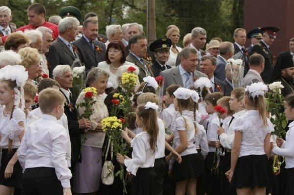 В Кривом Роге зажгли факелы и почтили память погибших солдат (ФОТО), фото-5