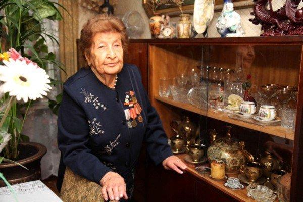В Симферополе с Днем Победы поздравили 90-летнюю судью в отставке (ФОТО), фото-3