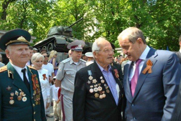 В Симферополе стартовали торжества в честь Дня Победы (фото), фото-3