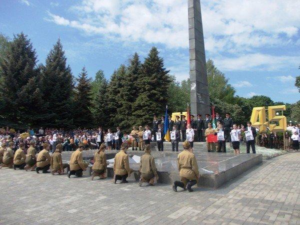 Артемовцы почтили память тех, кто отдал жизнь за Победу (ВИДЕО+ФОТОРЕПОРТАЖ), фото-4