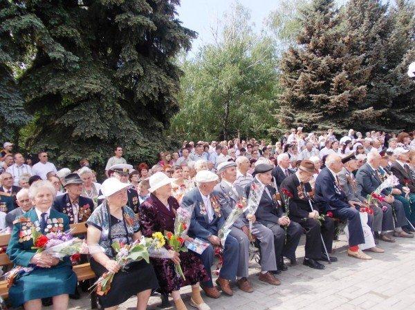 Артемовцы почтили память тех, кто отдал жизнь за Победу (ВИДЕО+ФОТОРЕПОРТАЖ), фото-6