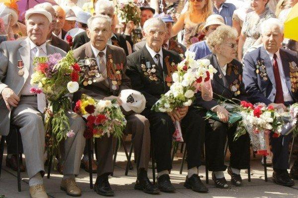 В День Победы криворожских ветеранов угощали фронтовой кашей (ФОТО), фото-2