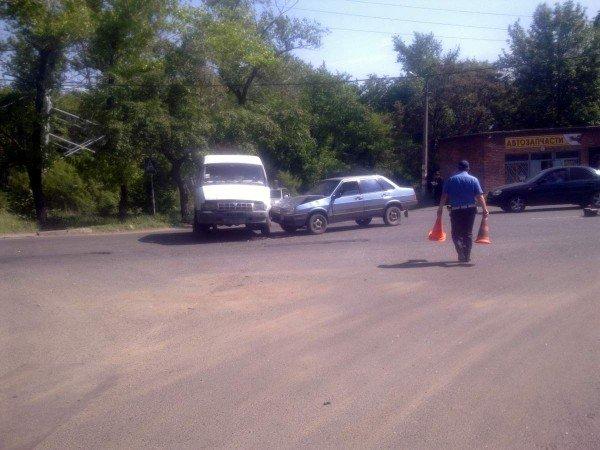 В Донецке в ДТП пострадал полуторогодовалый ребенок (фото), фото-2