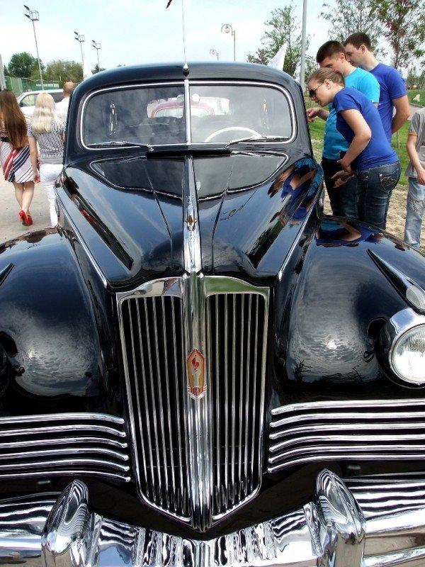 В Донецке прошла выставка ретро-автомобилей  (фото), фото-5